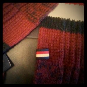 Tommy scarf